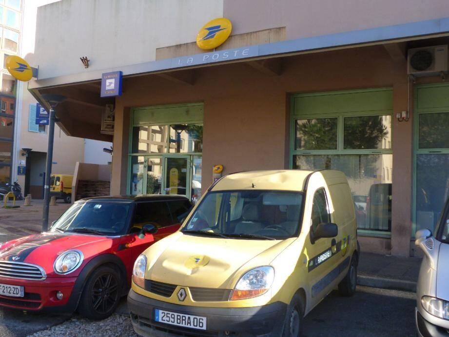 La distribution du courrier devrait être paralysée aujourd'hui par une grève illimitée sur Valbonne Sophia Antipolis Biot.