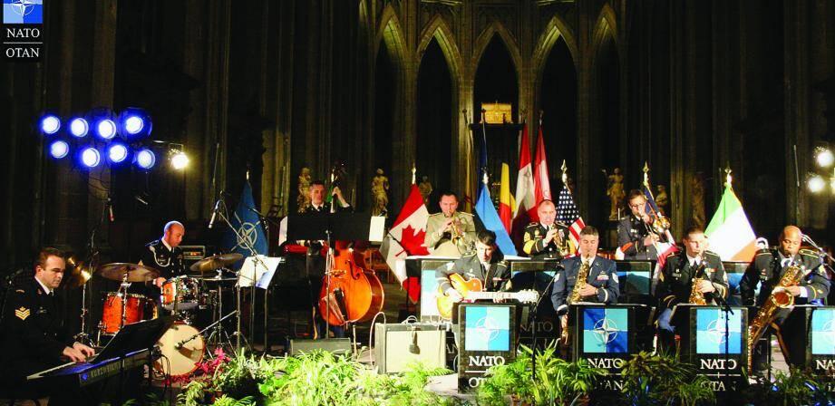 Pour la première fois en Principauté, l'orchestre de jazz de l'OTAN.