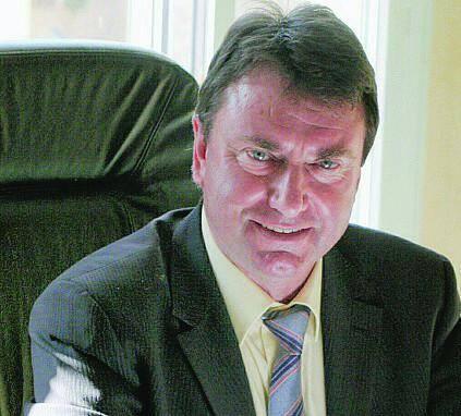 Richard Joy, maire de 2001 à 2008, vient d'écoper de dix-huit mois de prison avec sursis.