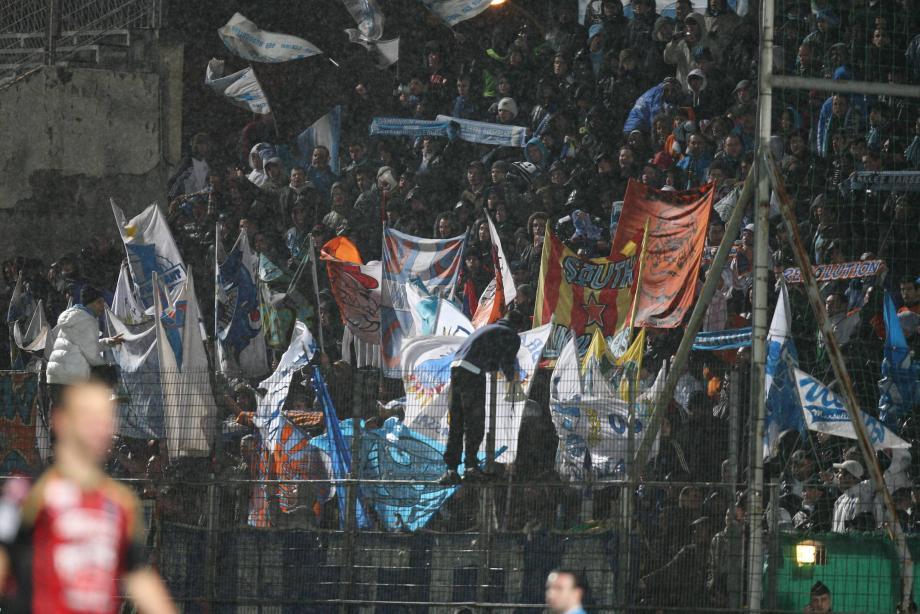 Des supporters marseillais au stade du Ray