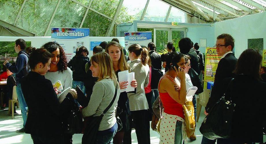 Le 10 avril prochain, le Centre régional d'information jeunesse Côte d'Azur organise une journée jobs d'été au parc Phœnix à Nice.