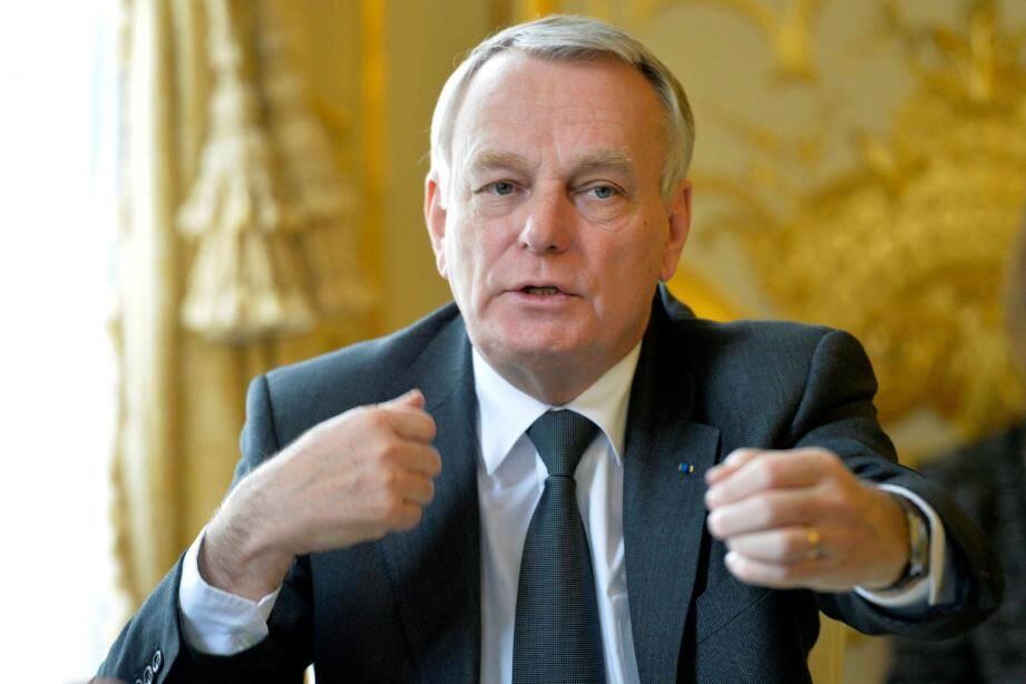 Jean-Marc Ayrault, hier à Matignon : « Quand on exerce une fonction publique, on doit être irréprochable. Autrement, on est sanctionné. » (Ph.pqr/Ouest-France/D. Fouray )