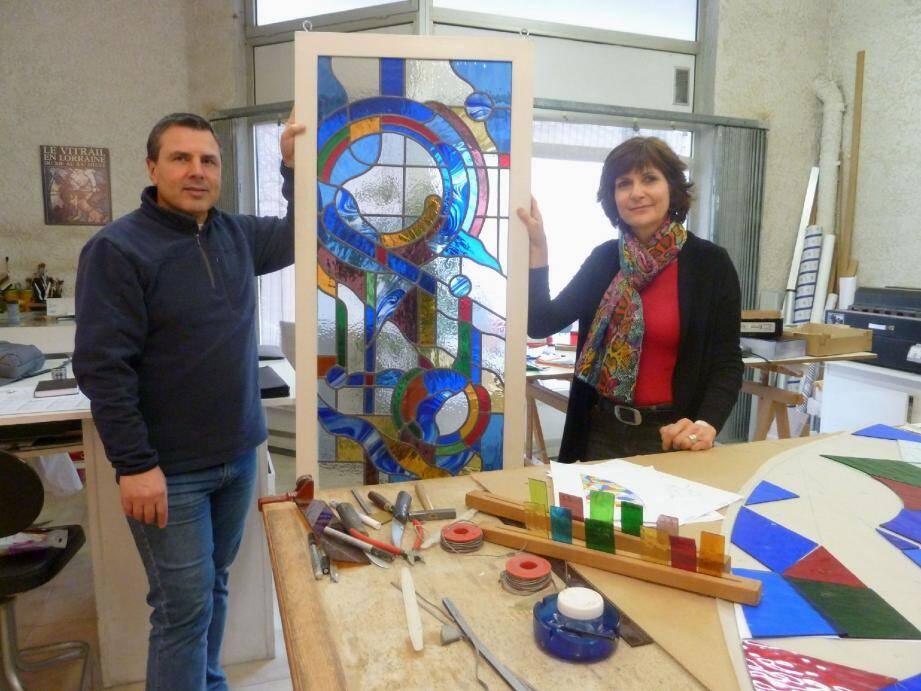Nadine et Jean-Marc Valenti restaurent et créent des vitraux sur mesure.