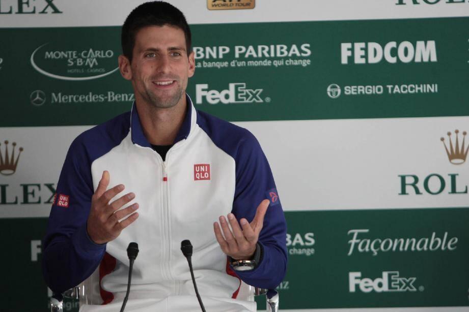 Jouera, jouera pas ? Novak Djokovic a décidé de laisser planer le suspense jusqu'à ... demain. (Ph. F. Fernandes)