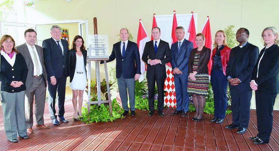 Le prince Albert II a dévoilé la plaque d'inauguration en présence des différents acteurs de ce projet.
