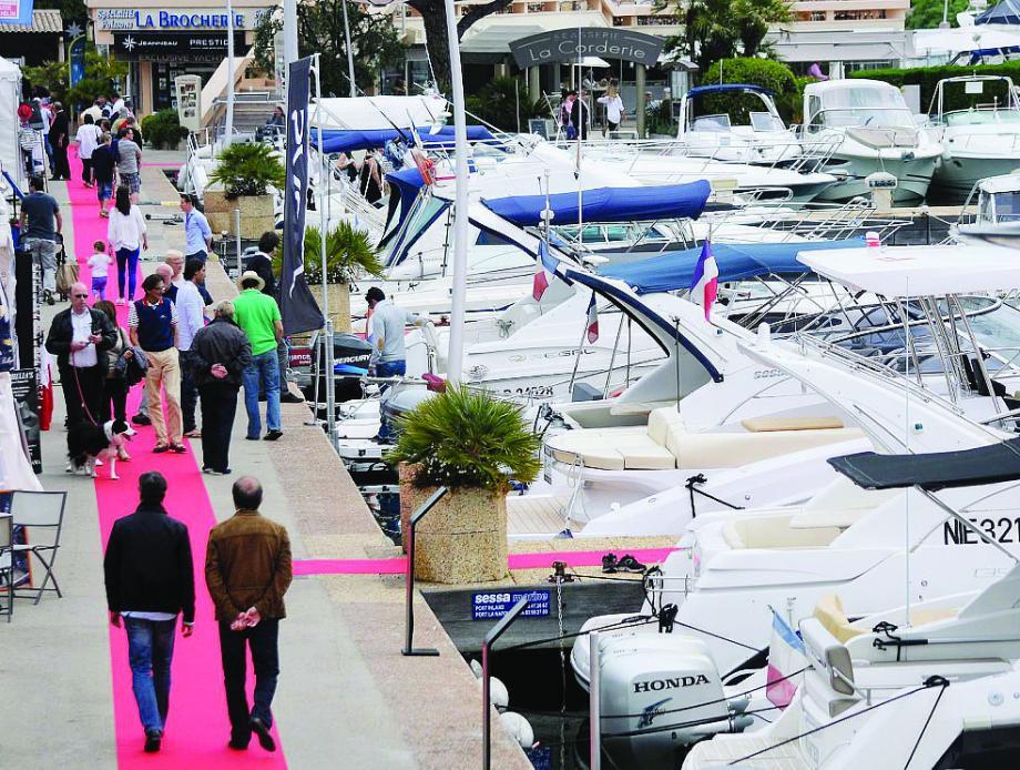 Les visiteurs ont jusqu'à lundi soir pour découvrir les 350 bateaux en vente à port La Napoule.