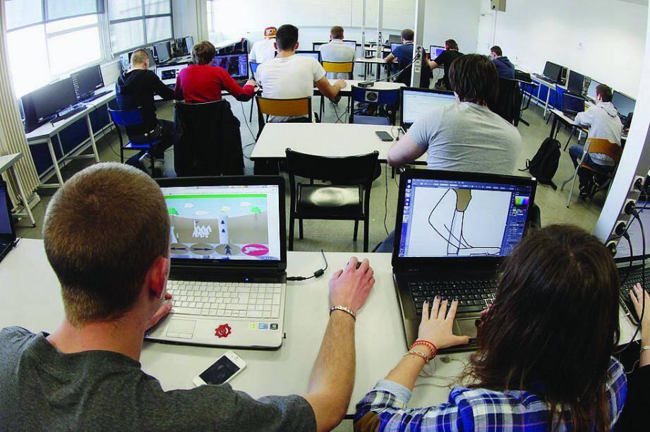 Depuis 1994, 1394 étudiants sont sortis diplômés de cet IUT, qui pourrait déménager en 2015 à Toulon.