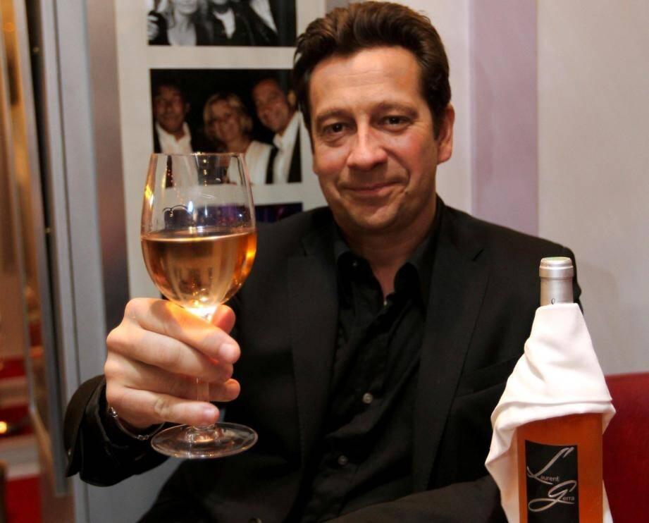 Laurent Gerra a testé un rosé à son nom. Verdict ? Approuvé !