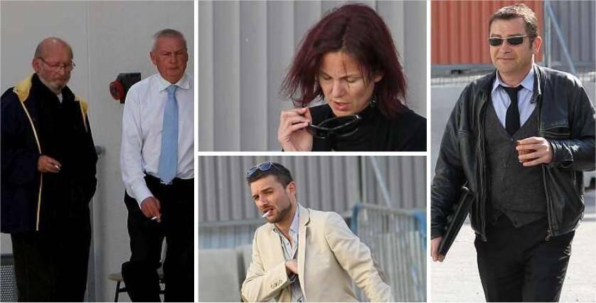 Quel est l'avenir judiciaire de Jean-Claude Mas et Claude Couty (à g.), les deux dirigeants de PIP ?Quelle est la responsabilité d'Hannelore Font, de Loïc Gossart (veste blanche) et Thierry Brinon (à dr.), les trois ex-cadres de l'entreprise varoise ?