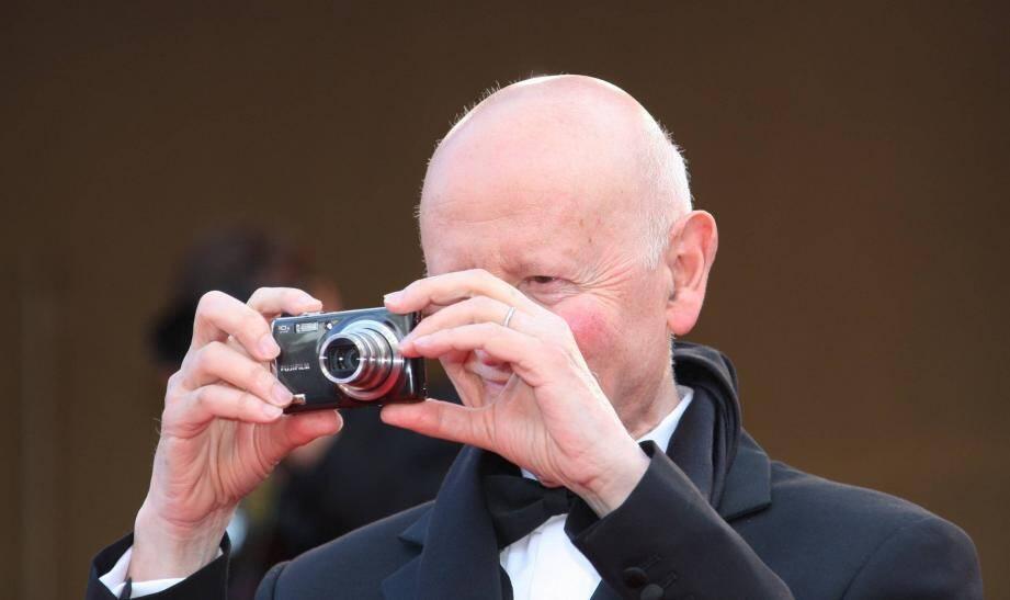 Gilles Jacob immortalise chaque montée des marches avec son appareil photo