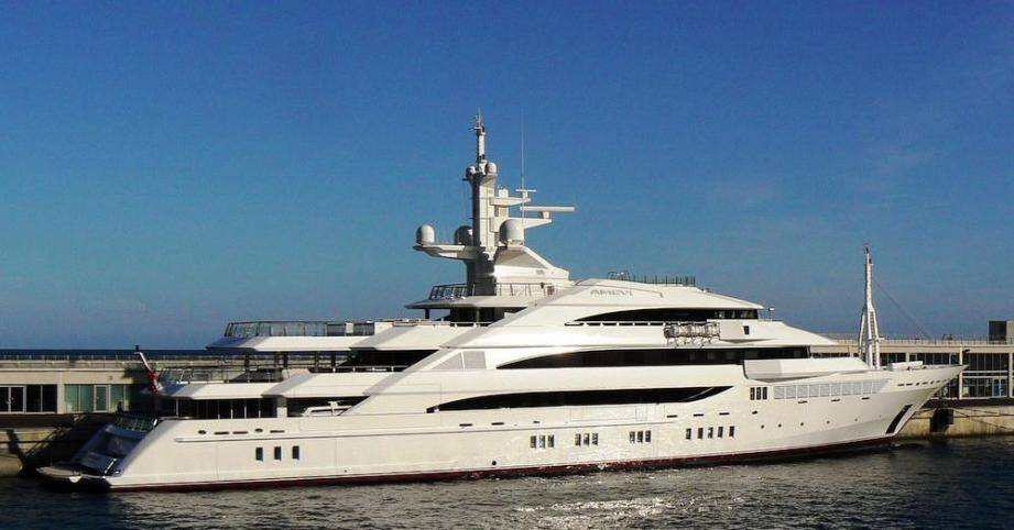 Le yacht de Lakshmi Mittal est arrivé ce mercredi à Saint-Tropez.