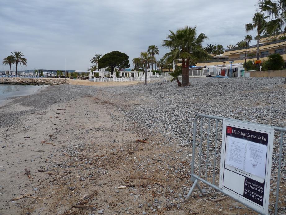 Baignade interdite actuellement aux Flots bleus, où l'on procède à une désinfection des eaux rejetées par la station d'épuration.