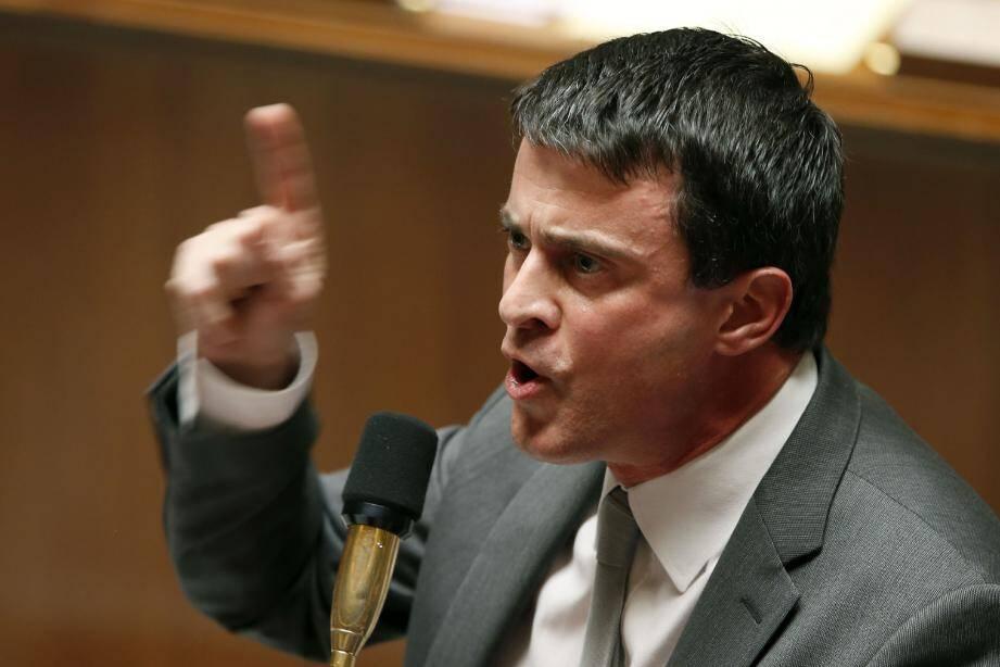 « Moi, je ne stigmatise qu'une seule chose : la violence, et je n'accepte pas qu'un système criminel impose sa culture », avertit Manuel Valls.