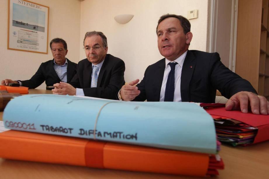 Les avocats de Michèle et Philippe Tabarot ont annoncé hier à Cannes qu'ils déposeront dès lundi des plaintes en diffamation au nom de leurs clients.