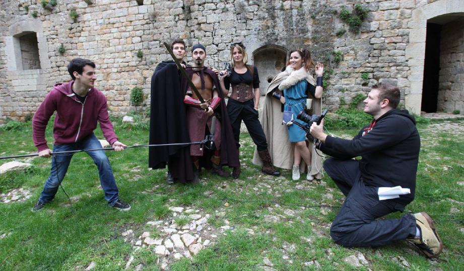 Les aventures héroic-fantasy à la sauce jeux vidéos en ligne des Noob étaient déjà en tête du box-office des séries Internet, nos Toulonnais sont en train de battre des records de financement participatif.