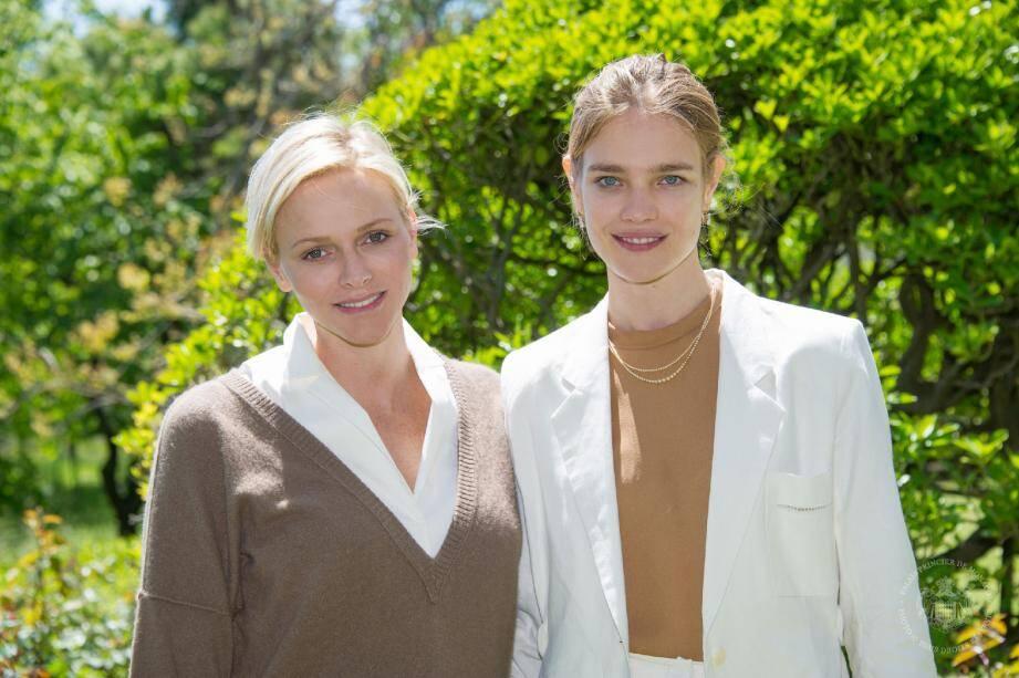 La princesse Charlène a accueilli avec beaucoup d'enthousiasme le projet de Natalia Vodianova qui entend aider les enfants dans son pays d'origine. Une manière pour la top model de rendre ce qu'elle a reçu.