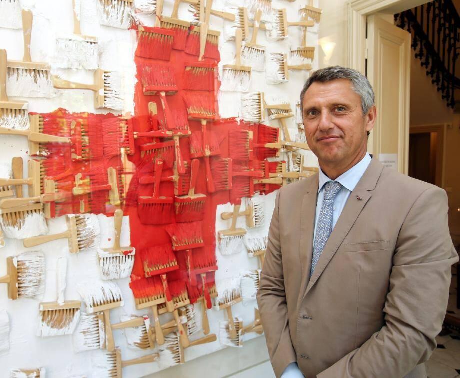 Philippe Narmino explique que le gala va permettre de financer pour 600 000 euros d'opérations sur le terrain.