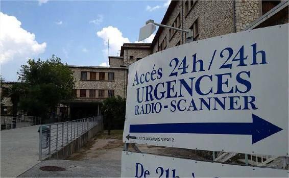 Le centre hospitalier Jean-Marcel a connu une activité plus dense que la normale en ce troisième dimanche de juillet à la suite d'un cas de méningite bactérienne détecté samedi.