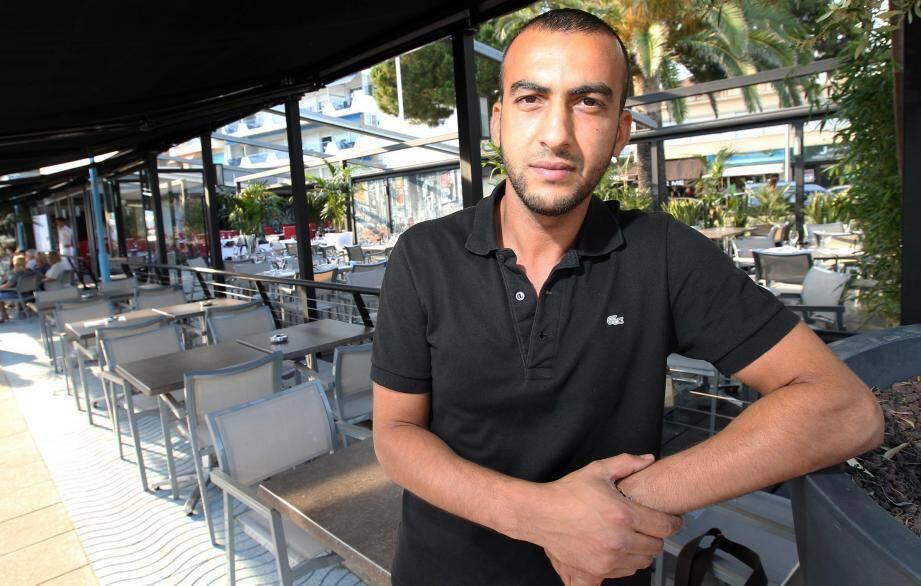 Sami, ancien employé du Café Kanter (devenu la Brasserie de la Jetée), survit comme il peut depuis janvier.
