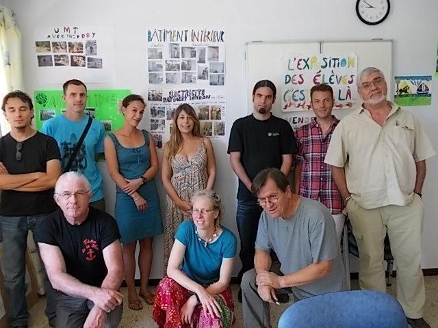 La nouvelle équipe enseignante de l'IME en compagnie de MM. Mermet et Dumerliat.