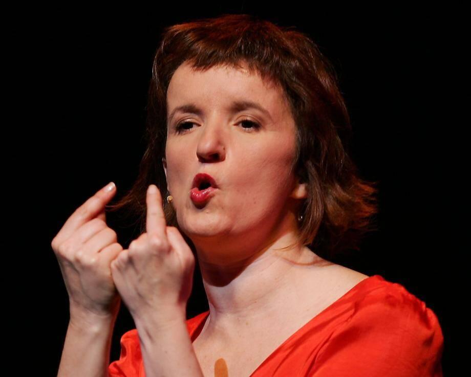 "Anne Roumanoff viendra jouer son spectacle "" Anne (rouge) Manoff "", le Samedi 31 mai 2014"