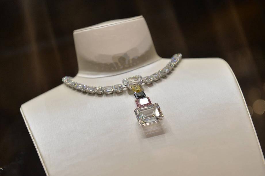 "Le collier ""Splendor of Nature"", 150 carats."