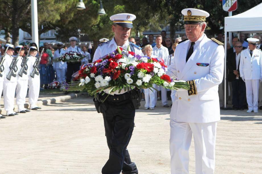 Plusieurs commémorations du Débarquement avaient lieu hier, à Fréjus, Saint-Raphaël et dans tout le golfe de Saint-Tropez. À Sainte-Maxime notamment, le public a pu assister à une reconstitution de l'événement.