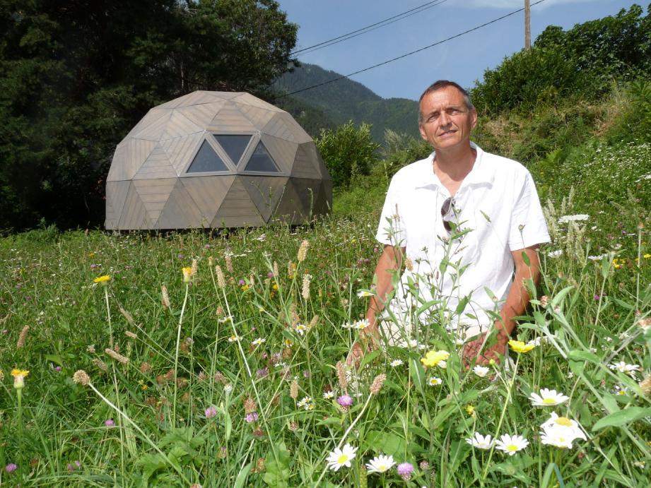Inspiré par le Whitepod dans les Alpes suisses, salué par plusieurs prix « innovation écolo ». (D.R)
