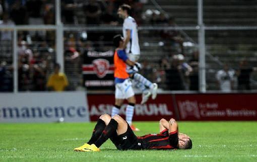 Valentin Eysseric, effondré après l'élimination de l'OGC Nice en barrages de la Ligue Europa, après 16 ans d'absence sur la scène européenne...