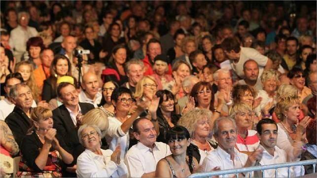Pour sa toute dernière date de l'été, et sa finale du concours de chant la caravane du groupe Nice-Matin a fait vibrer 3 000 spectateurs, hier, au Mourillon