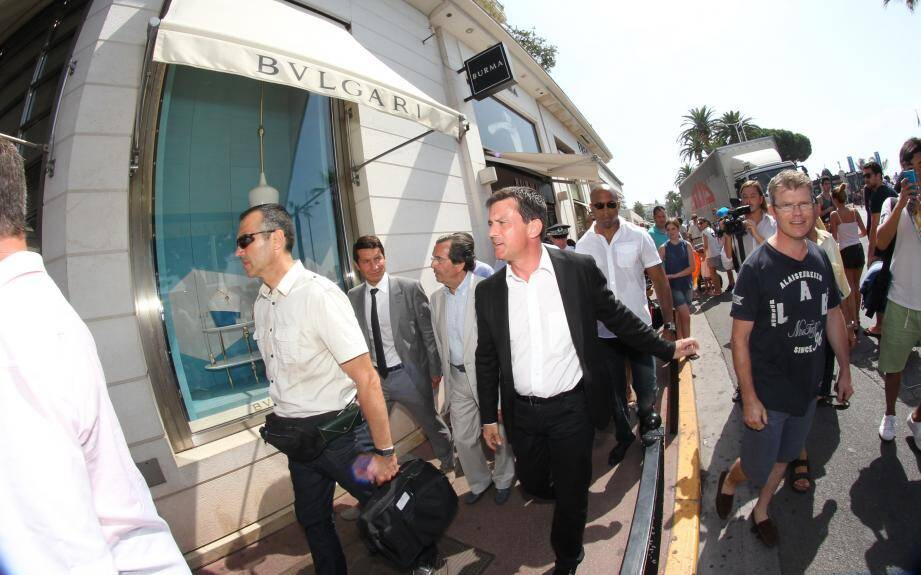 Manuel Valls sur la Croisette ce mardi