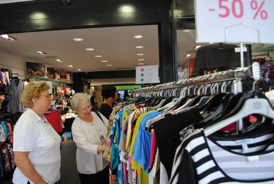Des rabais allant jusqu' à -60% et des prix ronds dans les boutiques de Menton, jusqu'à samedi compris.
