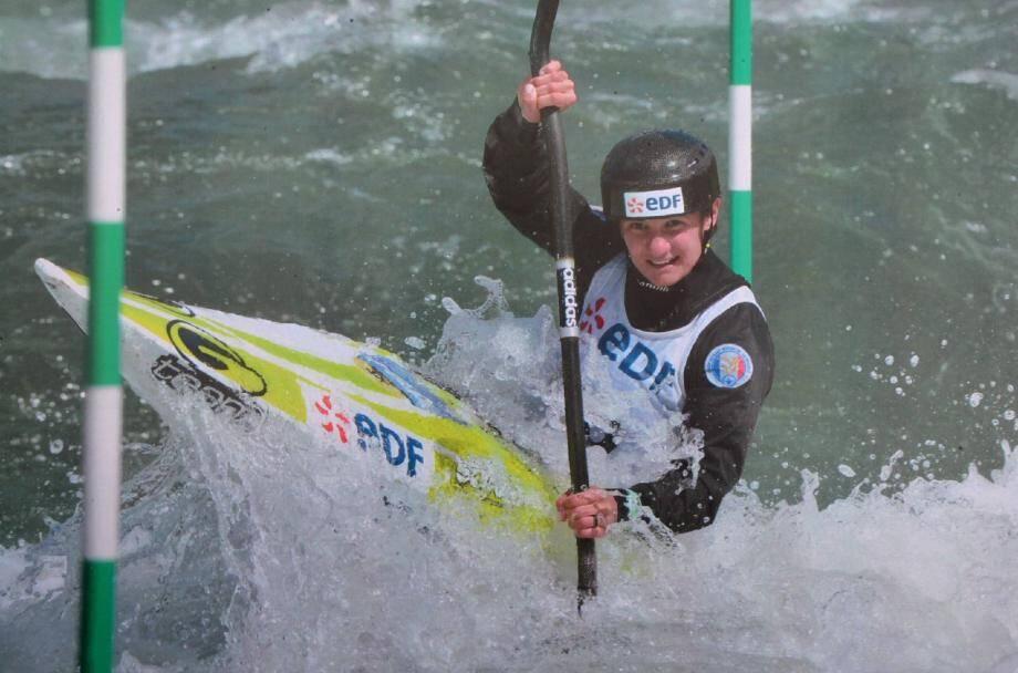 La championne olympique surfe sur la bonne vague.