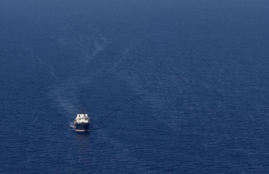 Danger écarté à Scandola. Le navire est parti. La pollution est « orpheline », selon les autorités. Qui pataugent ?