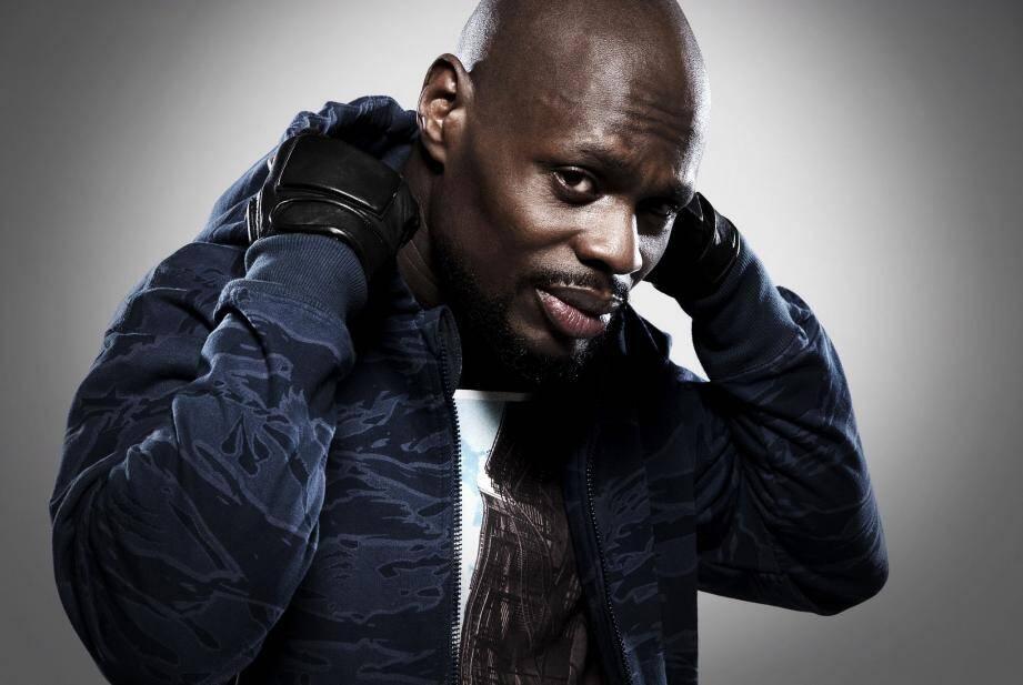 L'imagerie « gangsta » que le rap aime souvent cultiver contribue à sa réputation sulfureuse.