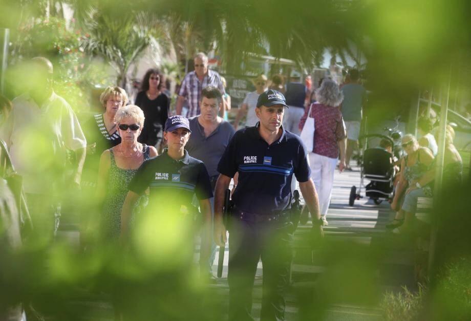 Non à la vidéosurveillance, oui à une présence forte de la police municipale sur le territoire : à Saint-Raphaël, l'option humaine a été privilégiée à la technique.