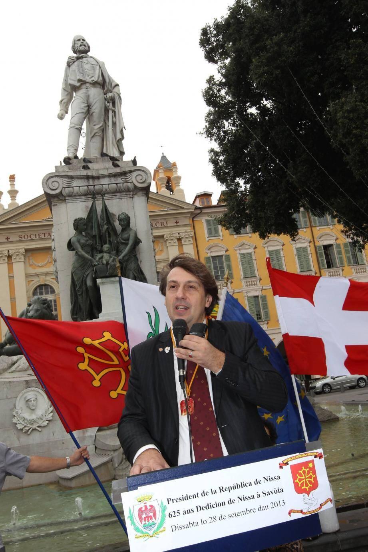 Cristou Daurore, premier président de la république de Nice depuis hier.