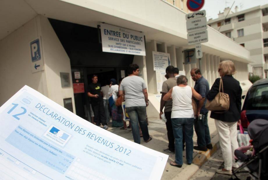 Dans les centres d'impôts des Alpes-Maritimes, c'est l'affluence.