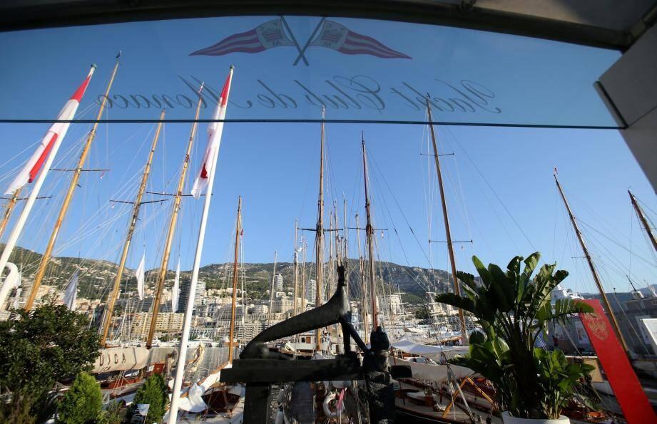 Monaco compte parmi les capitales mondiales du nautisme. Son savoir-faire, l'excellence de ses atouts sont reconnus sur toutes les mers et sur tous les continents.