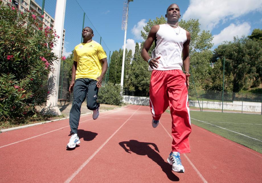 Des athlètes s'entraînent pour les prochains Jeux de la Francophonie à Nice.