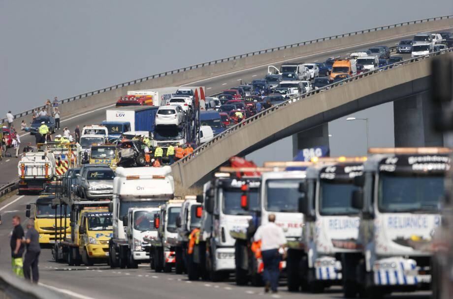 L'écotaxe mise en œuvre en 2014 permettra de faire financer l'usure des infrastructures routières aux transporteurs.
