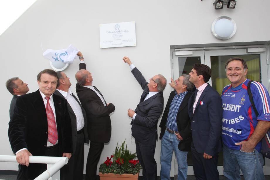 Stade de La Paoute à Grasse: la tribune Charly Loubet inaugurée