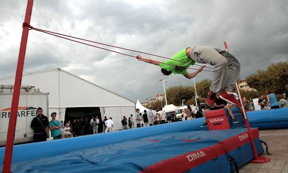 Les sports, notamment l'athlétisme, ont été mis à l'honneur cette année par Association +, organisatrice de l'événement.