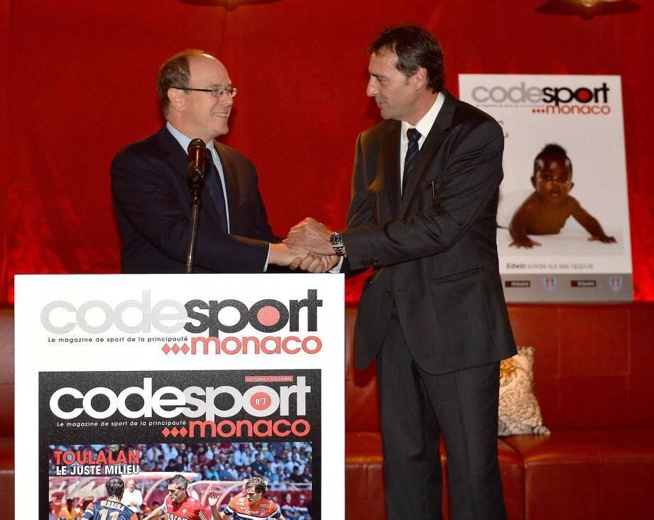 Le prince Albert II a salué le premier anniversaire de Code Sport Monaco aux côtés de son directeur Jean-Marc Moreno.