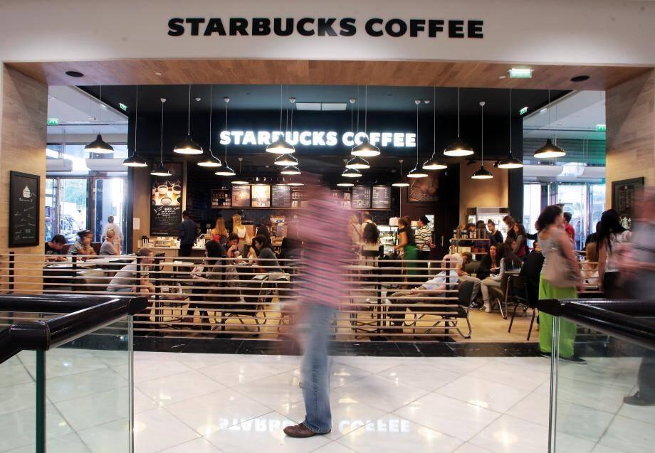 Starbucks et Apple devraient s'installer en Principauté dans les prochaines semaines.