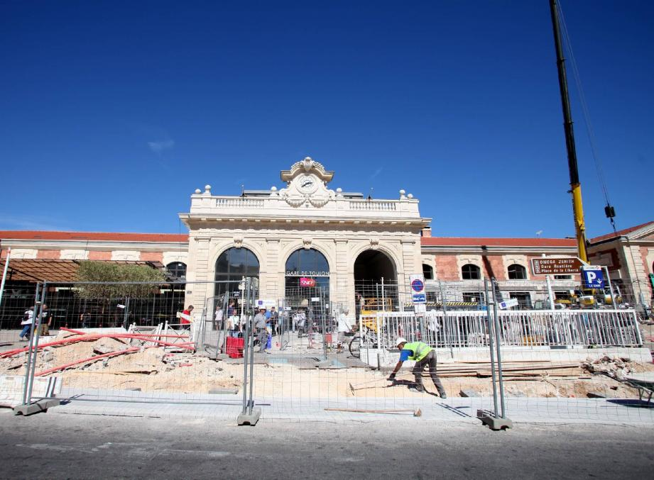 Le chantier de la gare de Toulon.