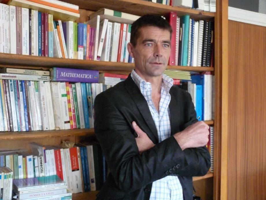 Fabrice Decoupigny :« En général, nous avons des divergences de forme avec le PS, mais pas de fond. »