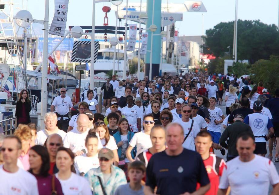 Plus de 8 500 personnes s'étaient inscrites pour le lancement hier.