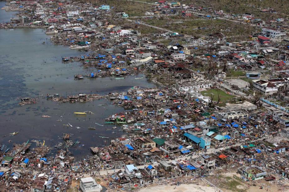 Le typhon a fait au moins 10.000 morts aux Philippines
