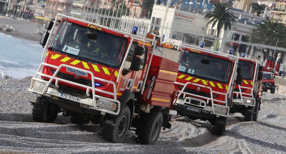 Gyrophares allumés et sirènes hurlantes, les sapeurs-pompiers mentonnais vont offrir un magnifique ballet à bord de leurs camions, mais aussi réaliser le rêve de nombreux enfants.